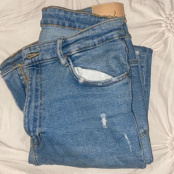 Zara Highwaisted Light Wash Skinny Jeans